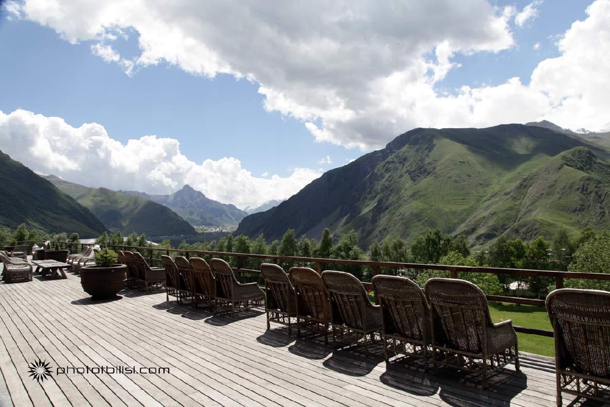 hotel-rooms-kasbegi-georgia-stepantsminda-5