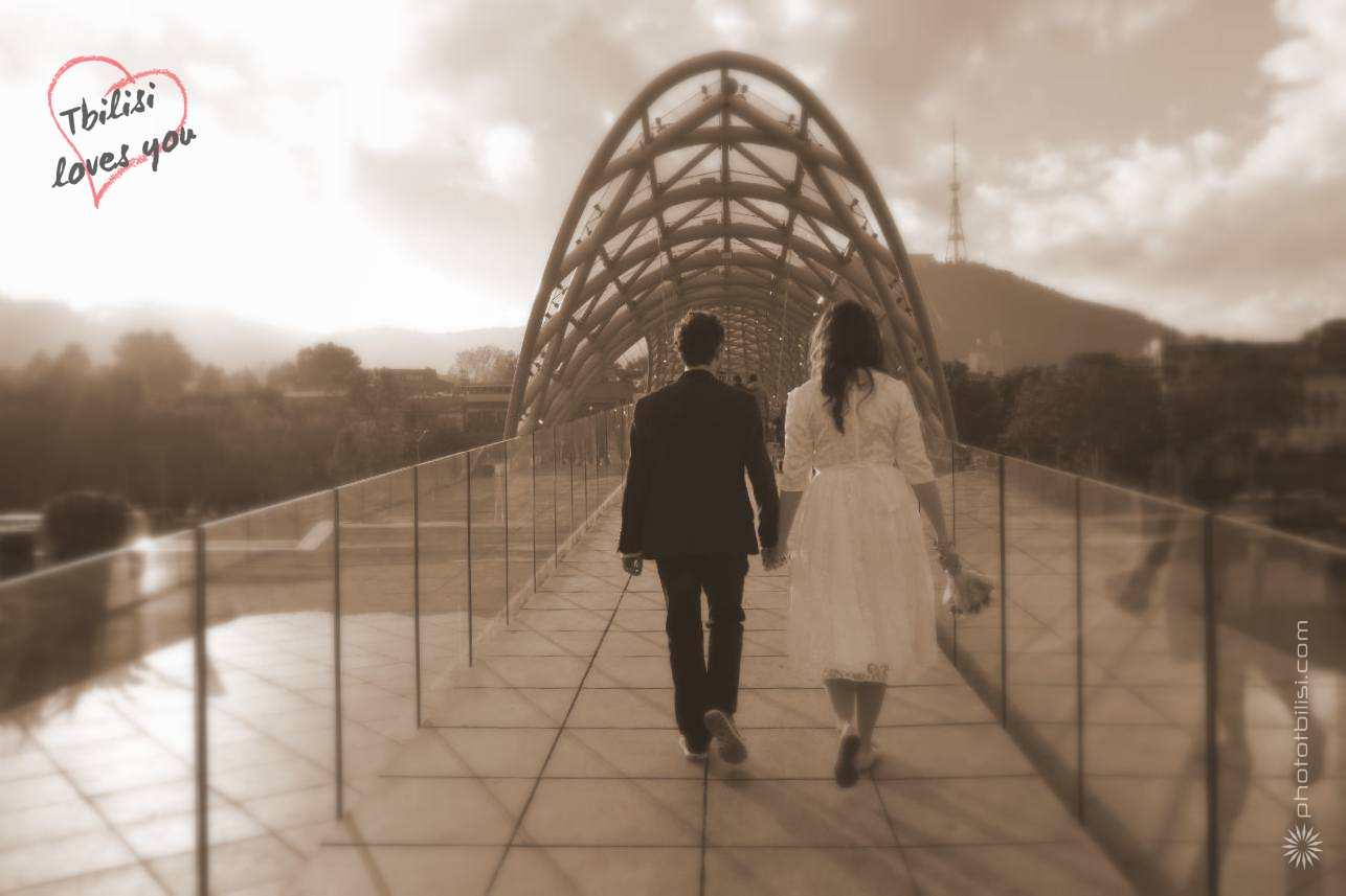 love-me-in-Tbilisi-by-alex-wed-georgia36-001-cp